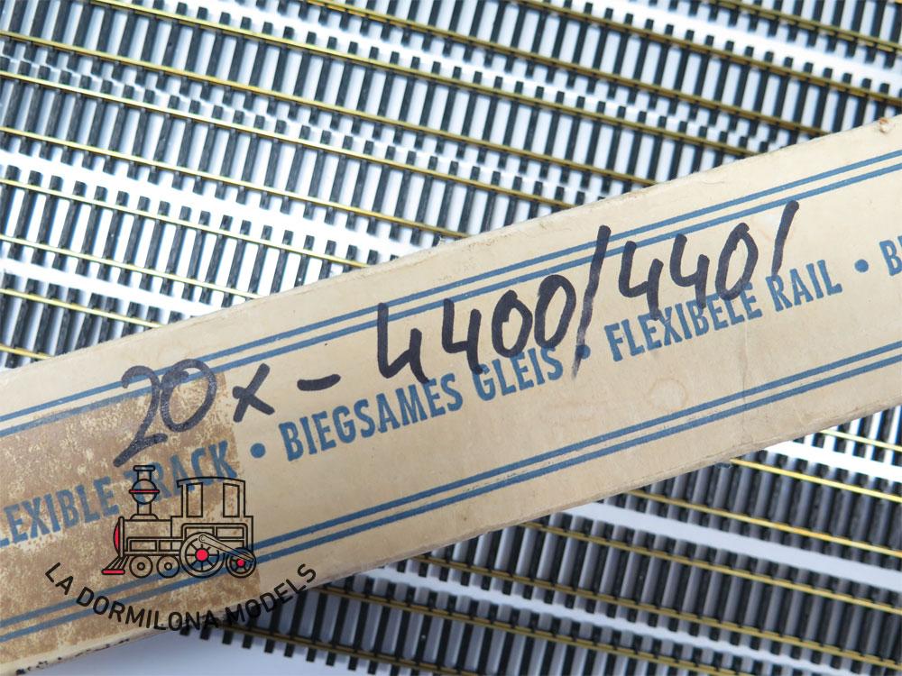 ROCO 4400/4401 LOTE 20 VIAS RECTAS FLEXIBLES 970mm H0 - NUEVAS