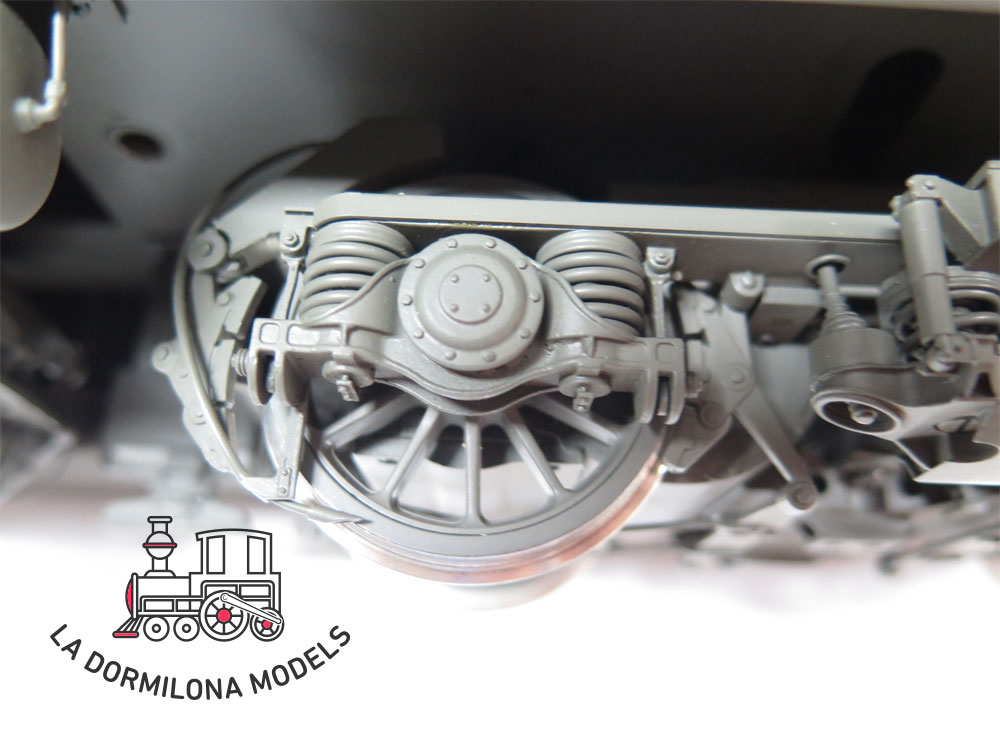 V129 SPUR 1 KISS 510003 E-LOK Re 6/6 INTERLAKEN #11629 der SBB - OVP
