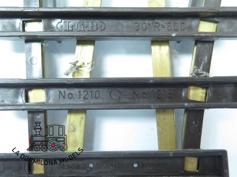DV204 SPUR G PAREJA DE DESVIOS IZQUIERDA LGB 1215 sin MOTOR