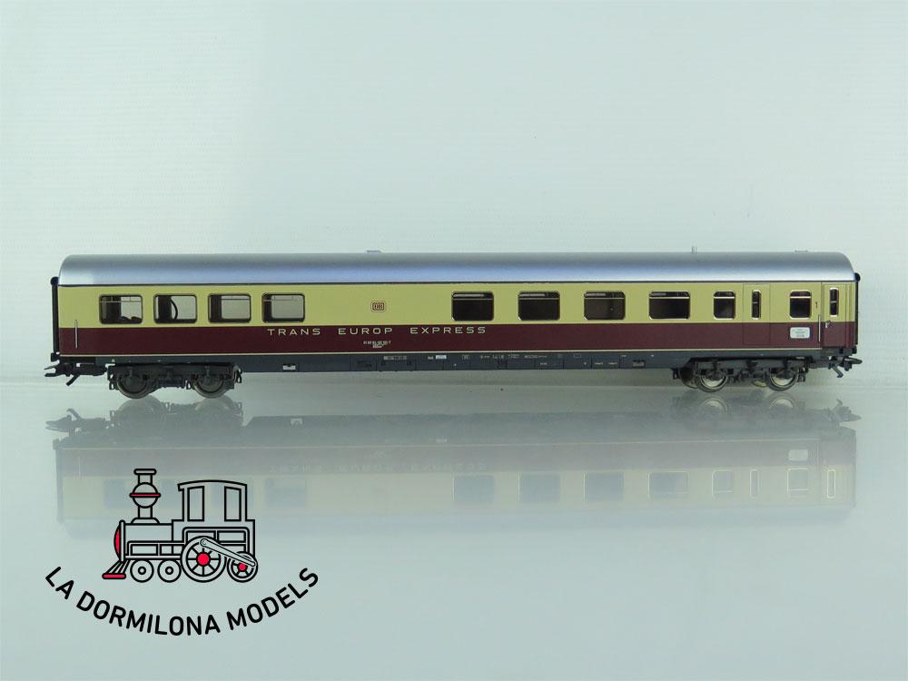 DH57 H0 ~AC MÄRKLIN 42991 Schnellzug Wagenset TEE Helvetia der DB - OVP