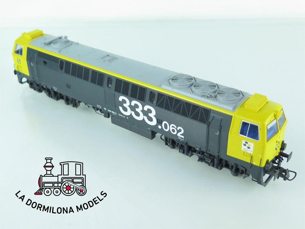 JA122 H0 =DCC + SONIDOS ROCO 62724 Locomotora Diesel 333 062.8 TAXI RENFE - OVP
