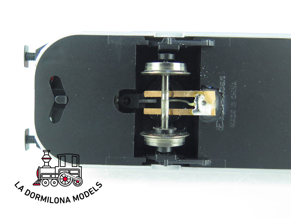 JA137a H0 =DC ELECTROTREN FURGON TRASERO TALGO III TB1z-108011 + LUZ - S/C