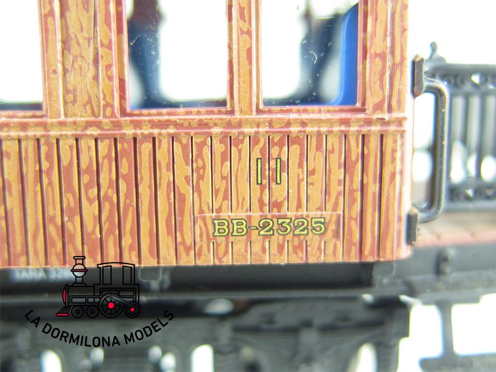 JA142 H0 =DC ELECTROTREN E5090 COCHE COSTA 2ª Clase BB 2325 RENFE + LUZ - OVP