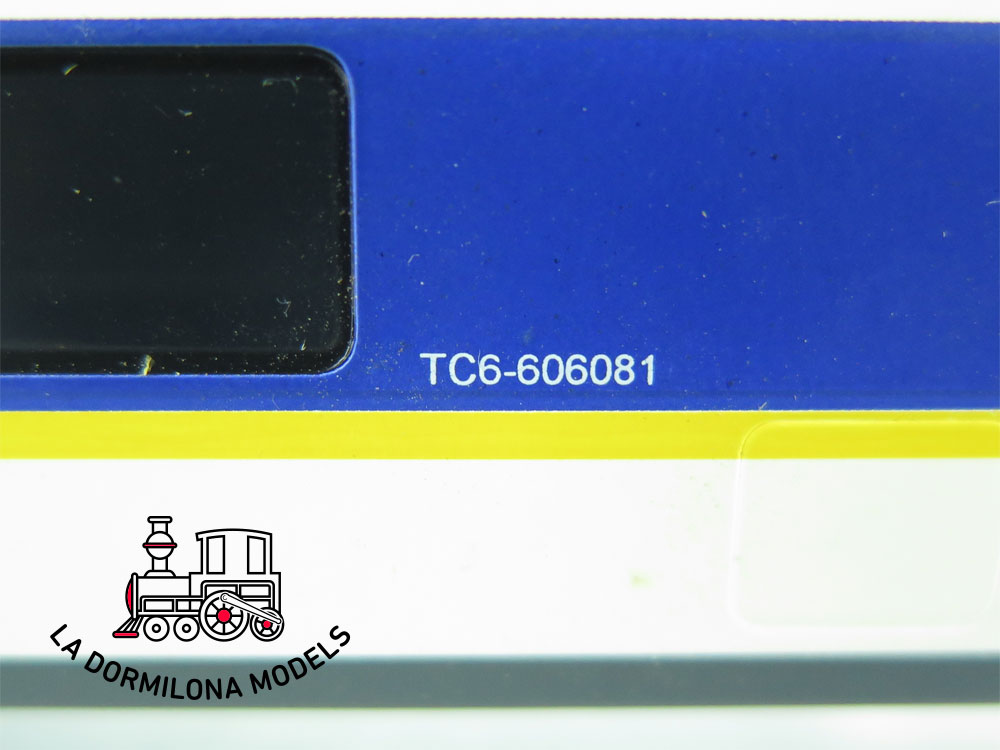 JA143 H0 =DC ELECTROTREN 3223 COCHE CAFETERIA TALGO 200 TC6-606081 RENFE - OVP