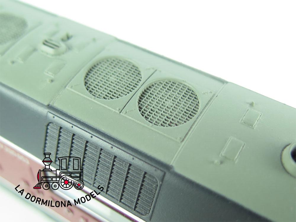 XA116 H0 =DCC DIGITAL ROCO 72988 DIESELLOKOMOTIVE V 200 053 der DB - OVP